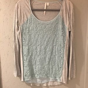 ⚡️Lauren Conrad Top ⚡️ 2 For 8, 3 for 12 ⚡️